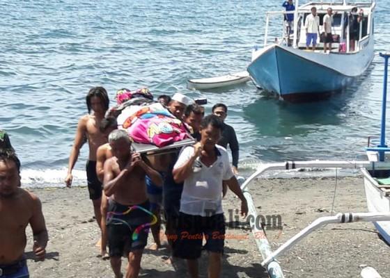 Nusabali.com - turis-malaysia-tewas-di-atas-kapal-barang