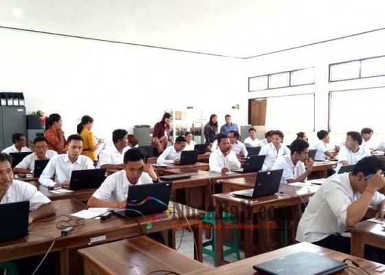 Nusabali.com - murid-kejar-paket-di-tabanan-ikuti-unbk