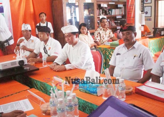 Nusabali.com - suwirta-kawal-gerindra-ke-kpu-klungkung