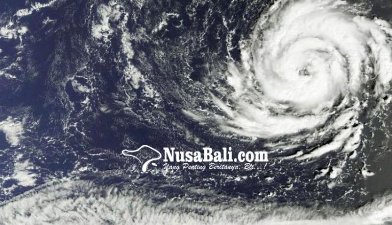 www.nusabali.com-irlandia-terancam-badai-ophelia