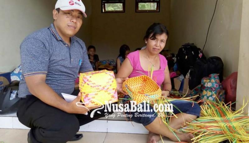 www.nusabali.com-kerajinan-pengungsi-gunung-agung
