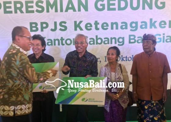 Nusabali.com - baru-1-persen-seniman-dicover-bpjs-ketenagakerjaan