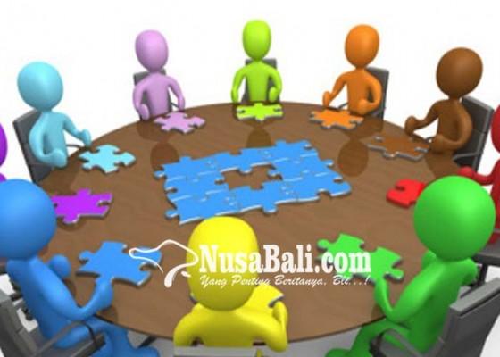 Nusabali.com - fasilitas-pejabat-pemkab-dikritisi