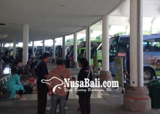 Nusabali.com - terminal-mengwi-kembali-ramai