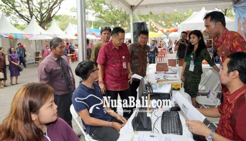 www.nusabali.com-job-fair-ke-3-disnaker-harapkan-30-persen-pelamar-diterima-perusahaan