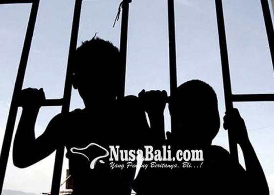 Nusabali.com - telantarkan-anak-istri-laporkan-suami