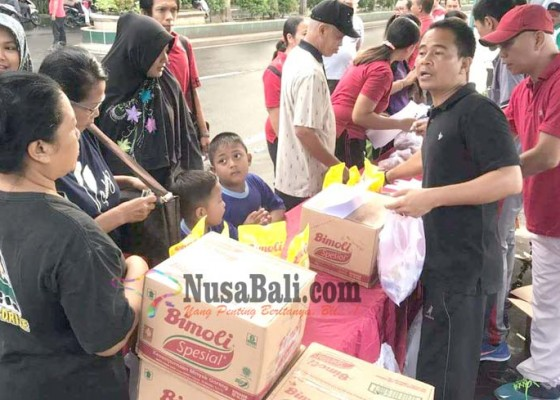 Nusabali.com - pns-dilarang-berbelanja-di-pasar-murah