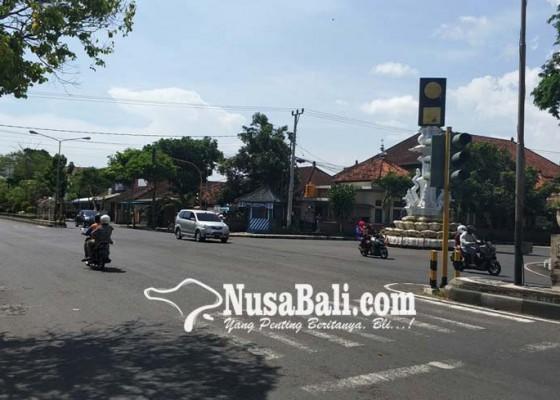 Nusabali.com - sengaja-dipadamkan-karena-kabel-bawah-tanah-rusak