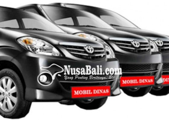 Nusabali.com - sempat-ditolak-para-perbekel-akhirnya-menerima-bantuan-mobil-bekas