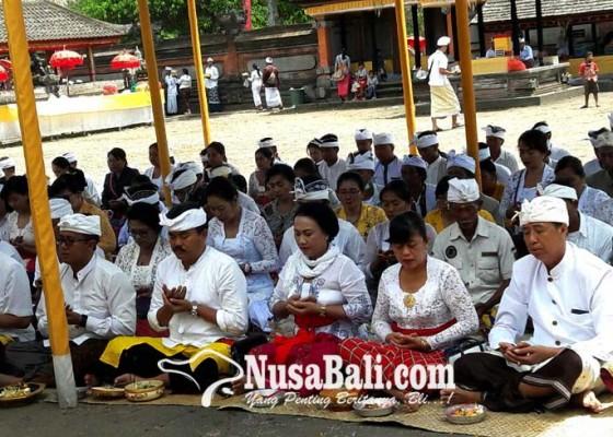 Nusabali.com - pemkab-tabanan-nganyarin-di-pura-dalem-balingkang