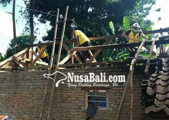 Nusabali.com - polisi-rehab-rumah-kk-miskin-penderita-kanker