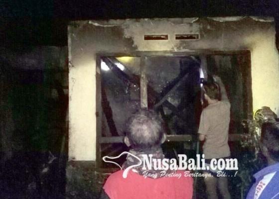 Nusabali.com - kebakaran-rumah-dipicu-dupa-warga-bunyikan-kulkul-bulus