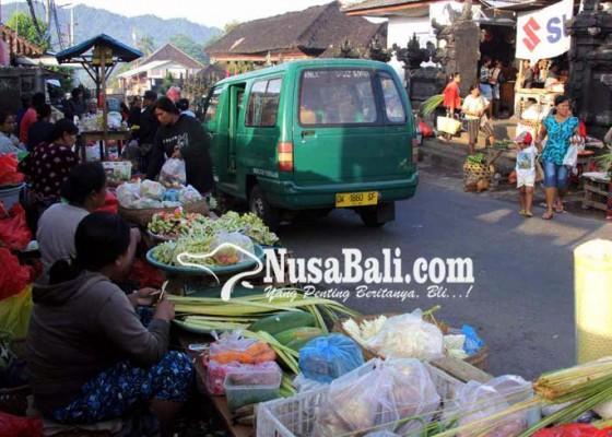 Nusabali.com - pasar-selat-mulai-menggeliat