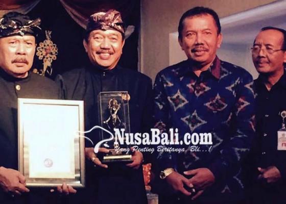Nusabali.com - tjokorda-gde-agung-sukawati-raih-ihdn-award