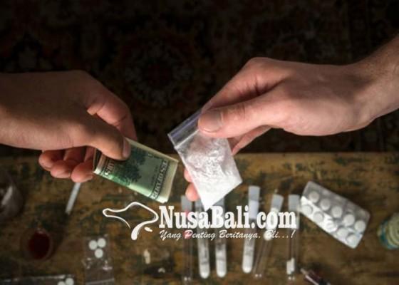 Nusabali.com - nyambi-jadi-peluncur-dagang-nasi-diringkus