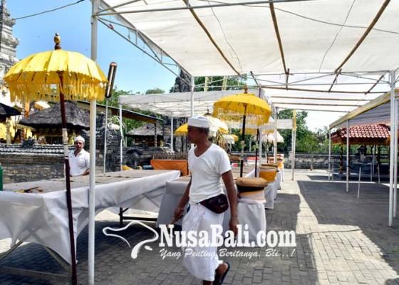 Nusabali.com - pamedek-diimbau-tidak-fokus-nangkil-saat-kuningan