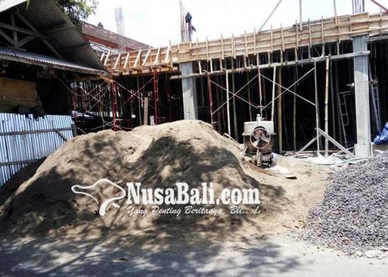 Nusabali.com - pengawasan-proyek-pasar-loka-crana-dituding-lemah