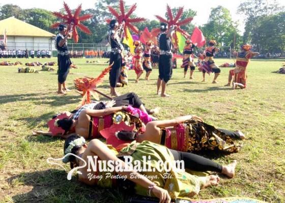 Nusabali.com - dimeriahkan-abimanyu-gugur-berperang