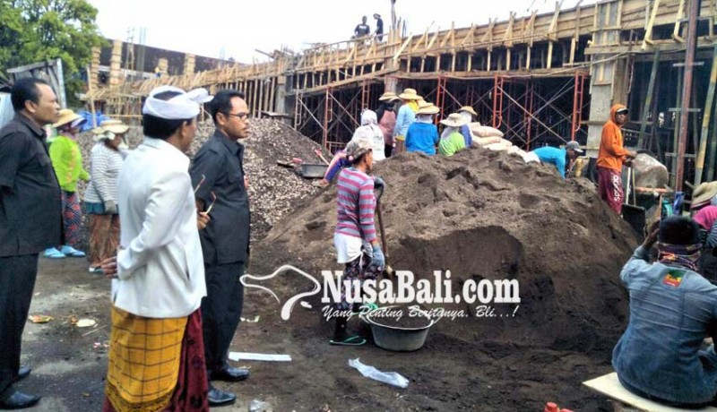 www.nusabali.com-sidak-proyek-lokacrana-dewan-temukan-beton-retak