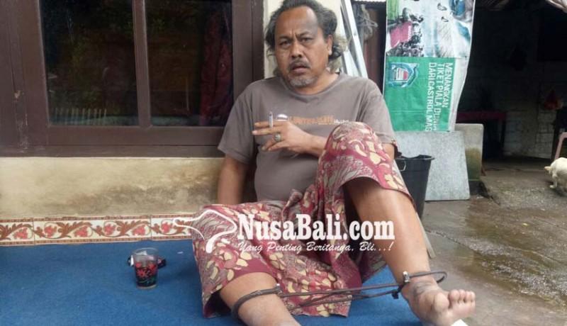 www.nusabali.com-kerap-ngamuk-19-tahun-terpaksa-dipasung