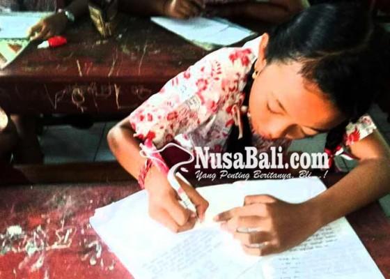 Nusabali.com - siswa-surati-bupati-gianyar