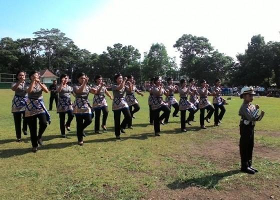 Nusabali.com - polres-tabanan-launching-lagu-pelopor-keselamatan