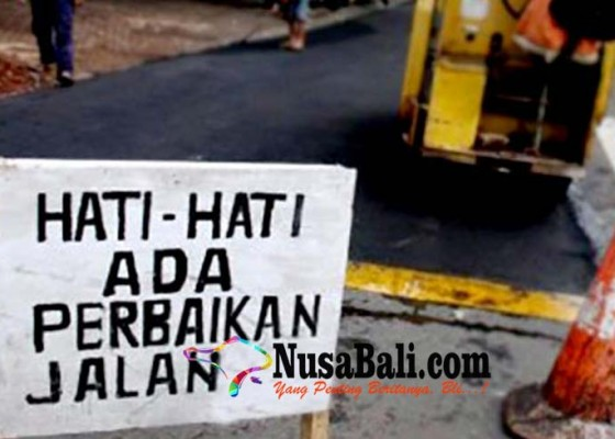 Nusabali.com - lewati-target-pengaspalan-proyek-jalan-taman-griya-dikebut