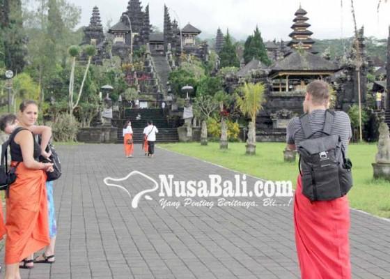 Nusabali.com - kunjungan-ke-besakih-masih-lesu