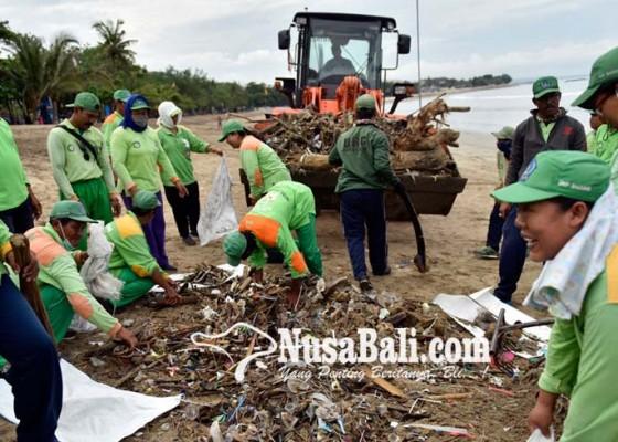 Nusabali.com - darurat-sampah-dlhk-terjunkan-700-personel