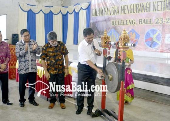 Nusabali.com - buka-temu-nasional-2017-forum-pembangunan-desa-wagub-sudikerta