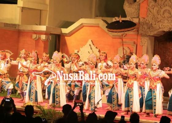 Nusabali.com - janger-inovatif-meriahkan-klungkung-menari