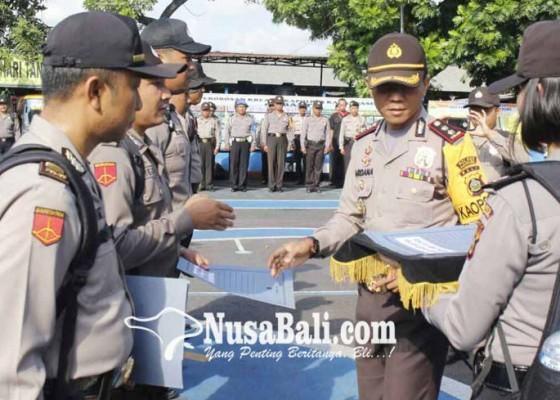 Nusabali.com - tangkap-pelaku-curat-dapat-penghargaan
