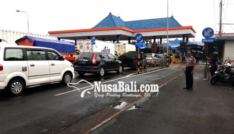 www.nusabali.com-penumpang-melonjak-di-pelabuhan-gilimanuk