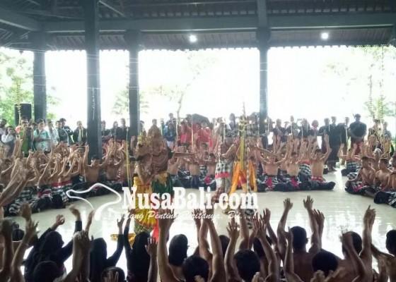 Nusabali.com - ratusan-penyandang-disabilitas-pentas-tari-kecak-masuk-rekor-muri