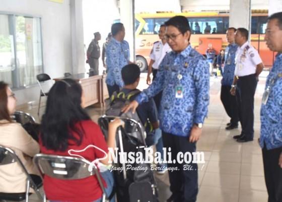 Nusabali.com - pastikan-penumpang-terlayani-dengan-baik