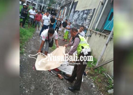 Nusabali.com - dua-buruh-tersengat-listrik-satu-tewas-satu-kritis