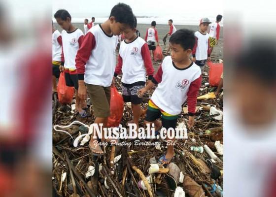 Nusabali.com - sampah-kiriman-serbu-pantai