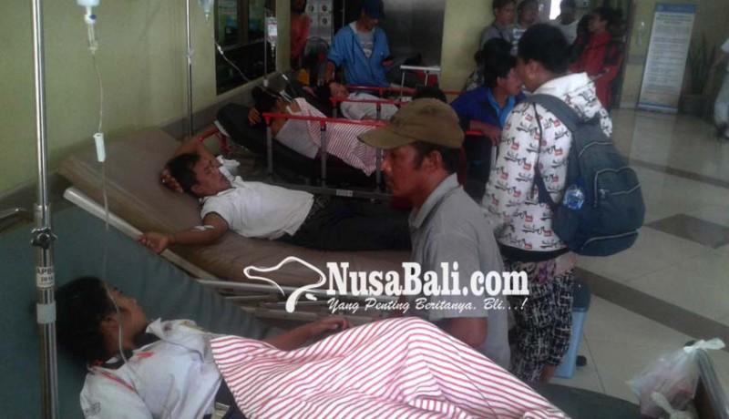 www.nusabali.com-43-siswa-smpn-3-petang-keracunan
