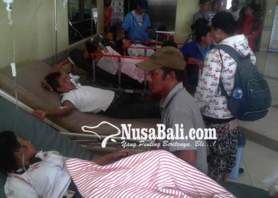 Nusabali.com - 43-siswa-smpn-3-petang-keracunan