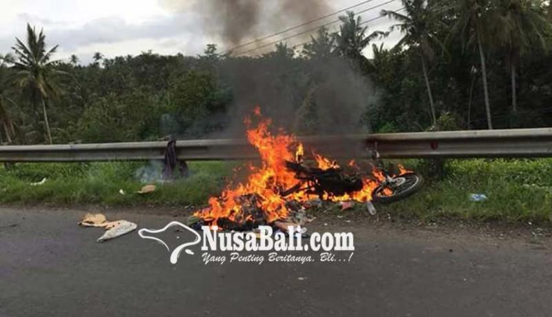 www.nusabali.com-motor-mendadak-terbakar-pengendara-selamat
