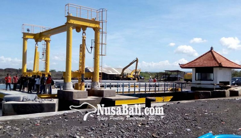 www.nusabali.com-pelabuhan-gunaksa-rentan-terkubur