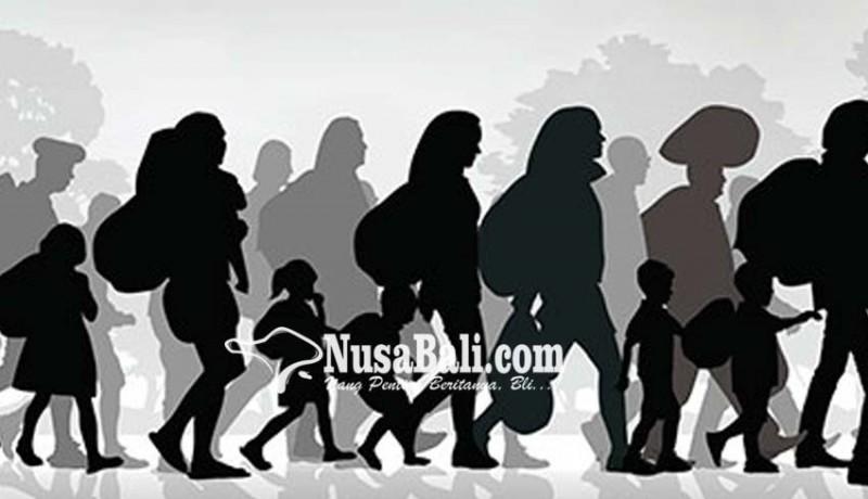 www.nusabali.com-pengungsi-mandiri-kehabisan-bekal
