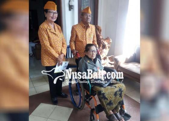 Nusabali.com - desak-kari-sempat-ditangkap-belanda-saat-hamil-untuk-pancing-suami
