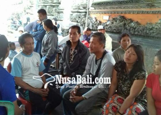 Nusabali.com - pengungsi-di-posko-kembangmerta-kerauhan