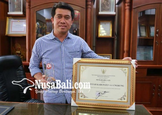 Nusabali.com - klungkung-raih-penghargaan-kabupaten-peduli-ham