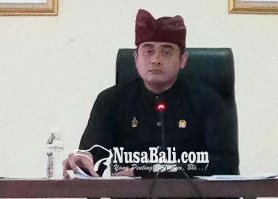 Nusabali.com - wedakarna-merasa-menjadi-target-politik