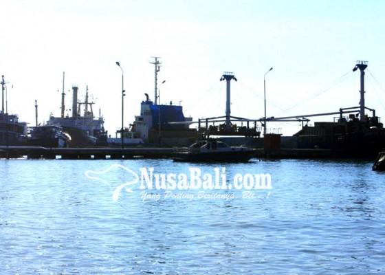 Nusabali.com - pelabuhan-cargo-terhadang-akses-jalan