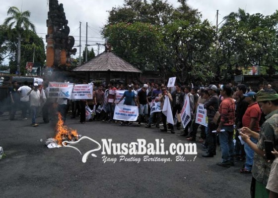 Nusabali.com - kpn-kecam-aksi-pembakaran-di-pn-denpasar