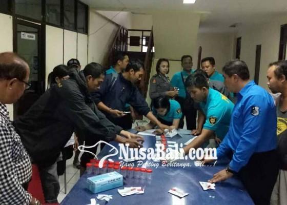 Nusabali.com - sopir-truk-positif-narkoba