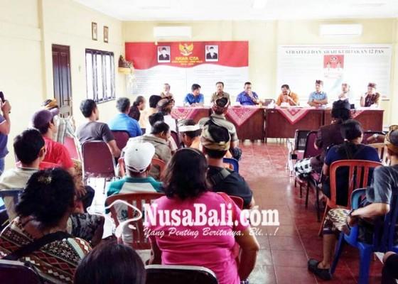 Nusabali.com - pakraman-banyuasri-tuntut-kelola-pasar
